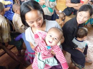 laos_mother_and_child